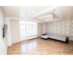 Большая квартира с дизайнерским ремонтом, 136 кв. м.